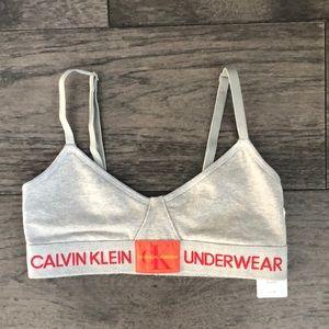 Calvin Klein Gray color Woman's sport bra